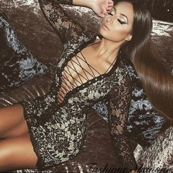 Lace dress with lace-up
