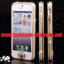 Coque IPHONE 5/5S transparent avec le contour et le bouton en strass
