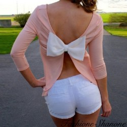 Pink T-shirt with white bow