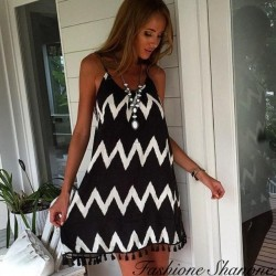 Zig zag dress with fringes