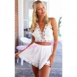 Set crop top and shorts size high white