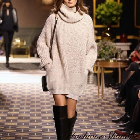 Fashione Shanone - Turtleneck beige sweater dress