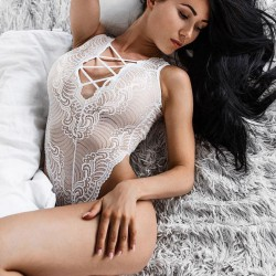 Fashione Shanone - White bodysuit with lace up