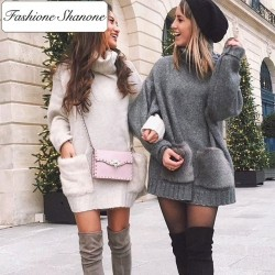 Fashione Shanone - Sweater dress with fur pockets