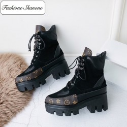 Limited stock - platform lace up ankle boots