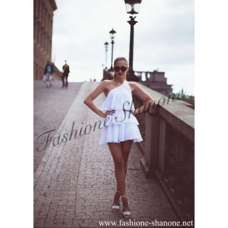 305 - One sleeve multilayers white dress