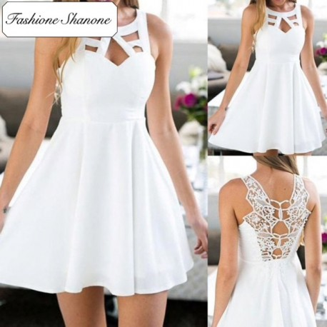 Fashione Shanone - White dress with lace back