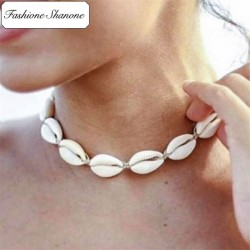 Less than 10 euros - Shell chocker necklace