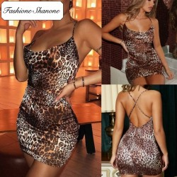 Fashione Shanone - Leopard open back dress