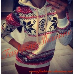 305 - Winter snowflake sweatshirt